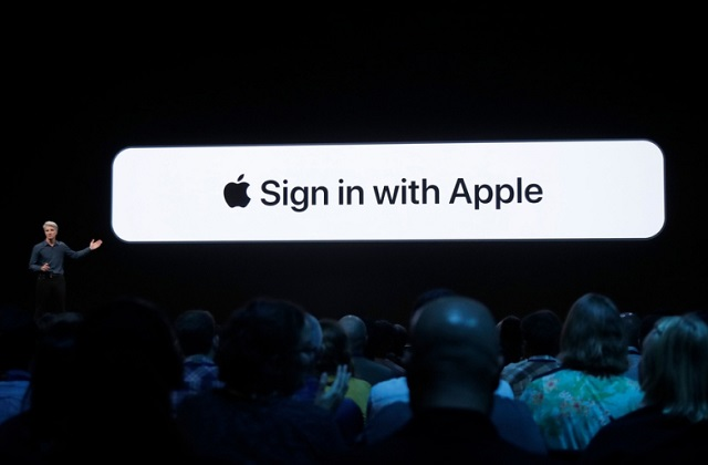 google Sign in with Apple