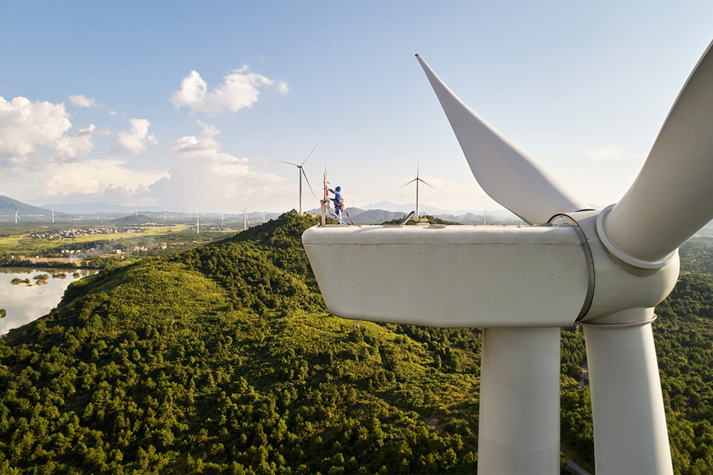 apple-energy-fund-invests-in-three-wind-farms